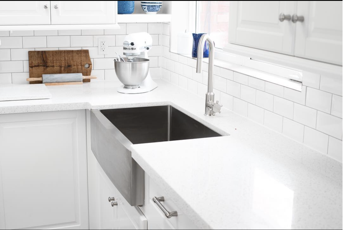 Modern white kitchen sink and table integrated design